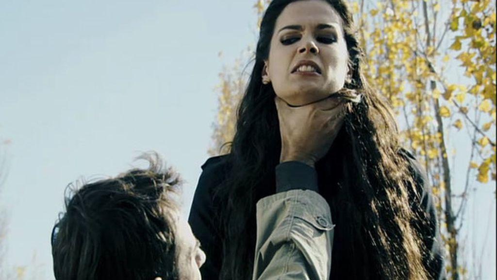 Natael y Alexia luchan