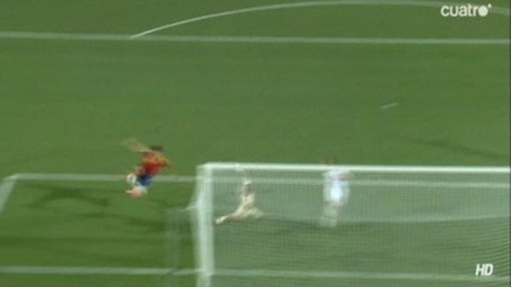 El palo evita un espectacular gol de tijera de Álvaro Morata