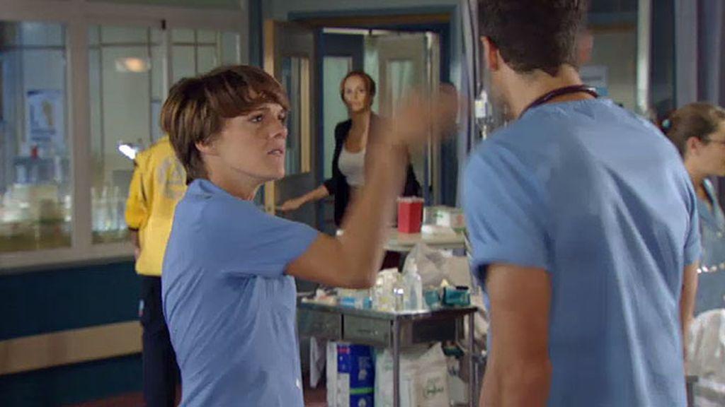 Alicia pega a Gorka