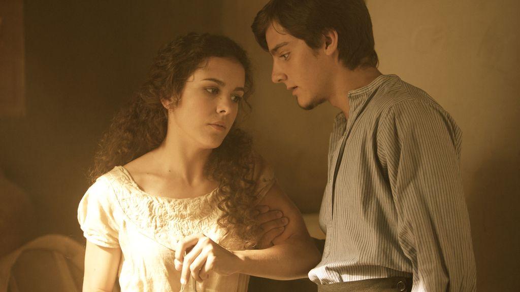 Lobo pillará a Isabel con Cristrina