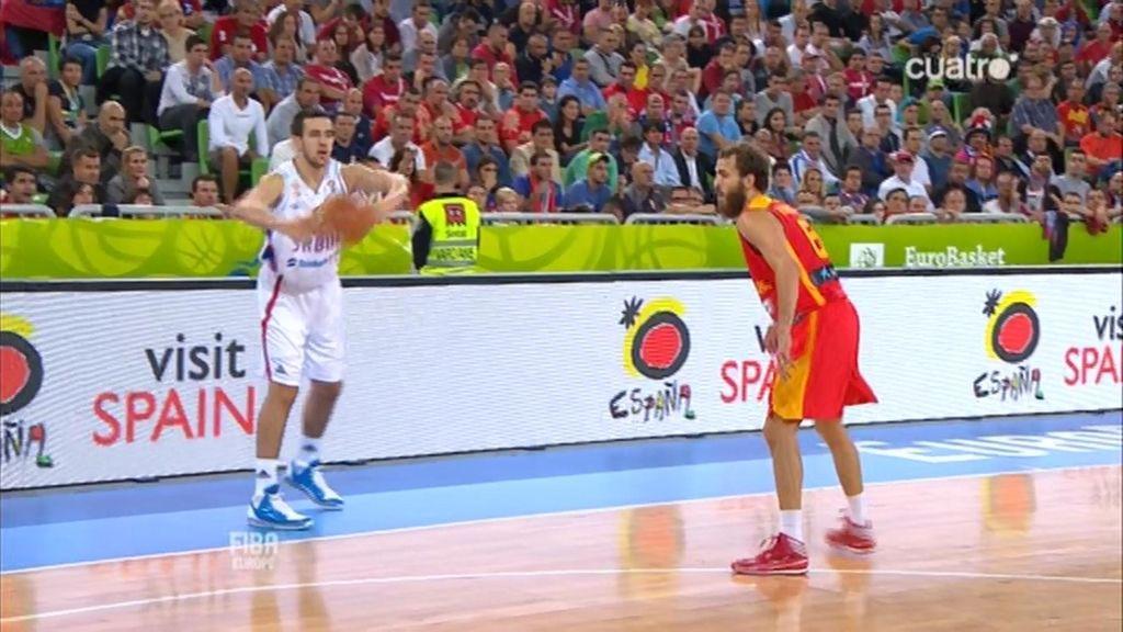 Pablo Aguilar se lleva el 'tapón' del partido