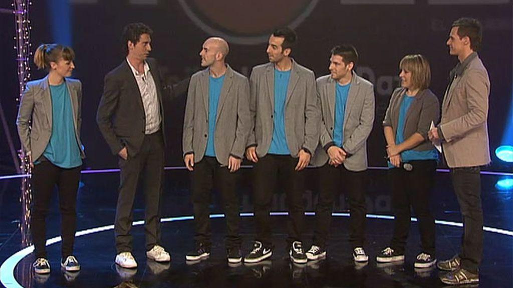 Paco León contrata a los Kulbit para su espectáculo 'The Hole'