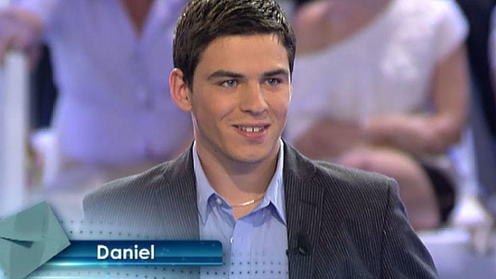 Solo Daniel acepta la invitación