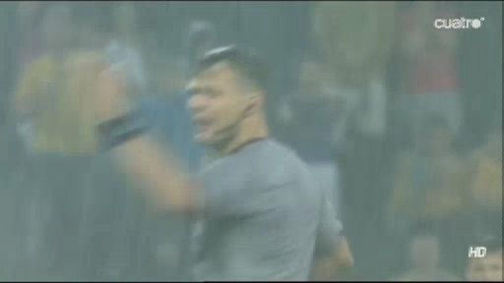 Una lluvia torrencial suspende el Ucrania - Francia