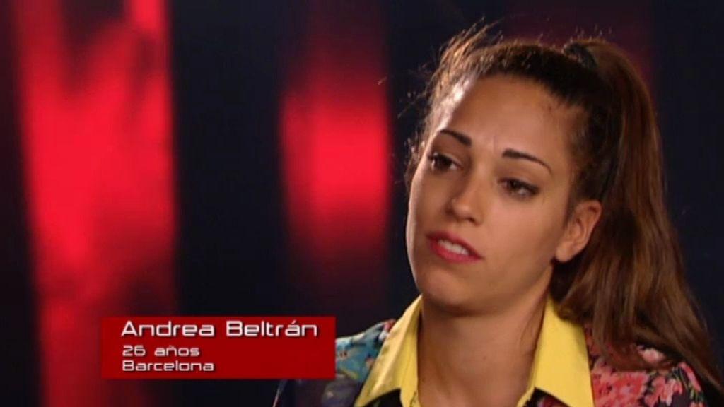 """Andrea Beltrán: """"Tengo una voz diferente"""""""