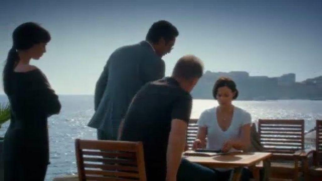 Becca cree que Paul está involucrado en la desaparición de su hijo