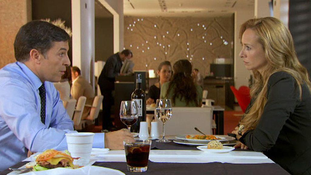 Ramón le pide el divorcio a Manuela