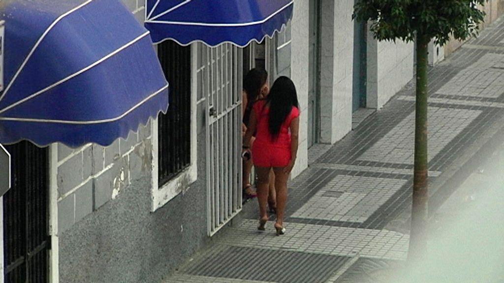 peleas entre prostitutas es legal la prostitución