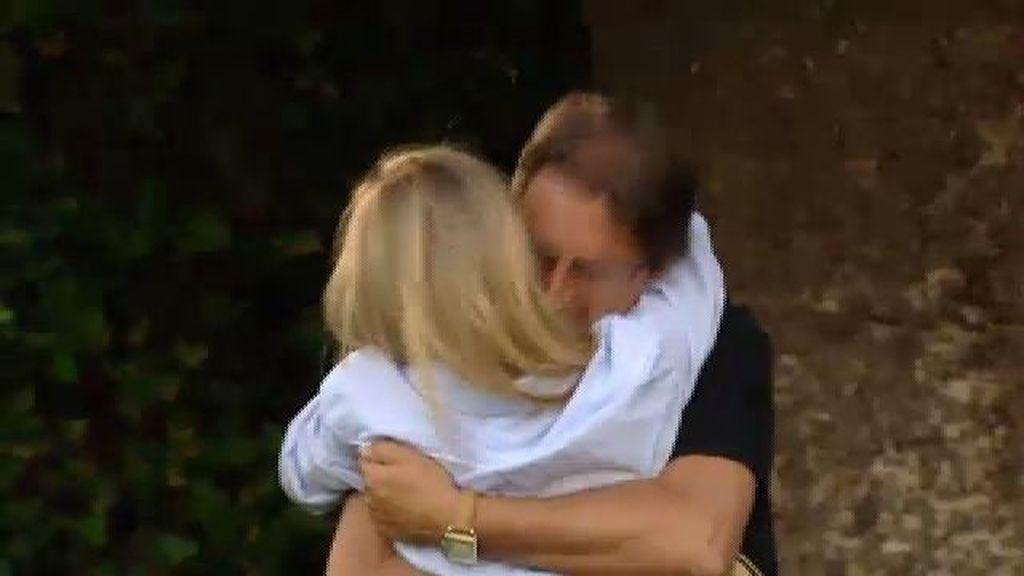 Corina se reencuentra con su padre