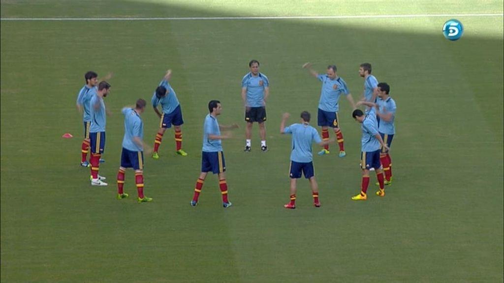 La afición brasileña también pita a Iniesta