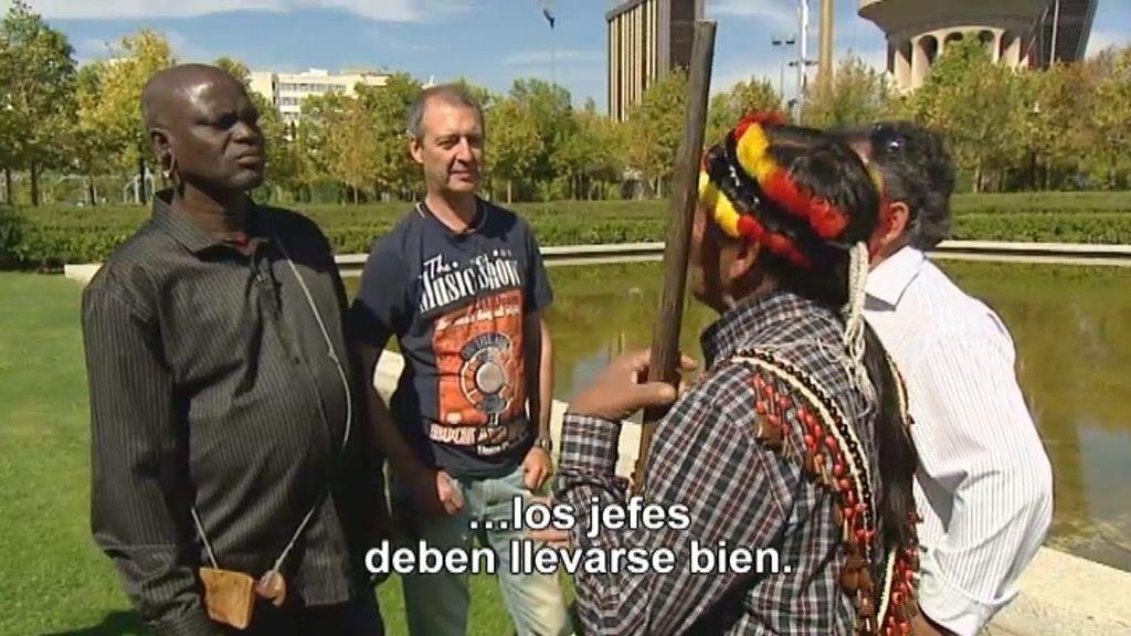 Los jefes de las tribus, cara a cara