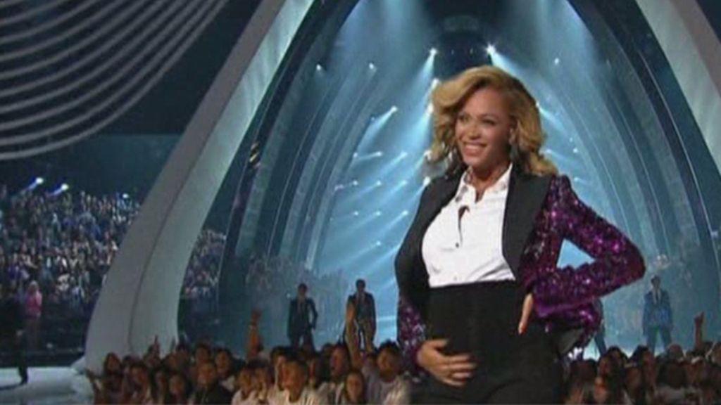 Beyoncé luce barriguita
