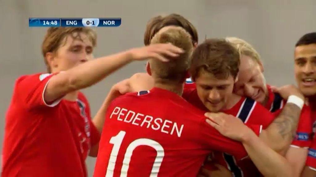 Gol: Inglaterra 0-1 Noruega (min. 15)