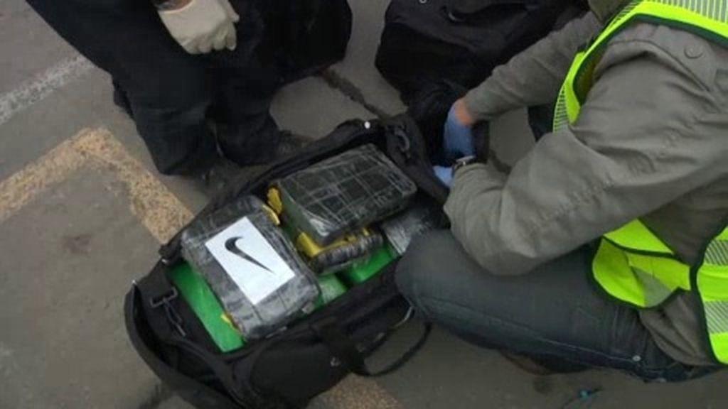 Mochilas llenas de cocaína en la puerto de Barcelona