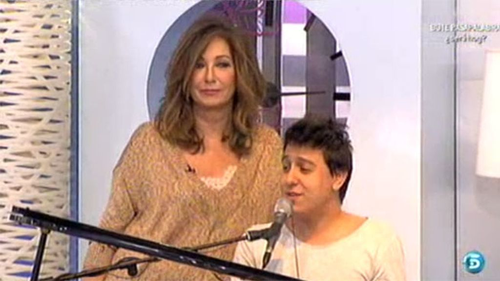 Ana Rosa se compromete a preparse un tema para cantar con Nauzet