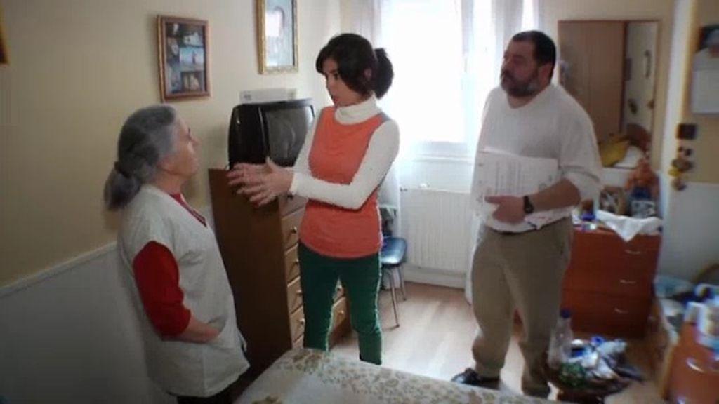 A María le quieren embargar su casa por avalar la de su hijo Pedro