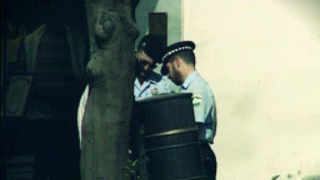 La policía de Gil: todo por su alcalde