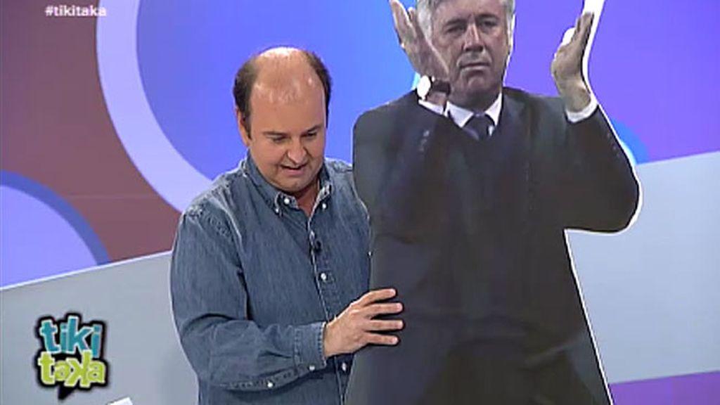 Pulido le regala un Ancelotti de cartón a Juanma Rodríguez