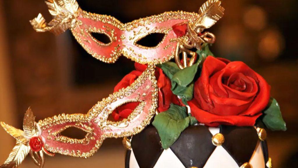 Tarta baile de máscaras, tarta playa multicolor y tarta banqueta (T03xP11)
