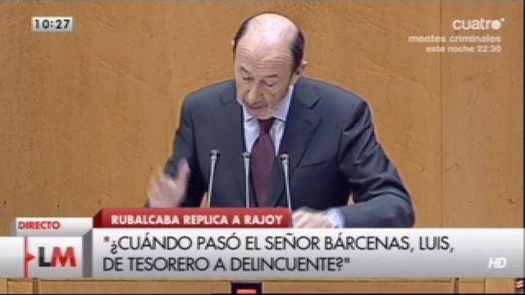 """Rubalcaba: """"Cuando gobiernan pagan en negro, cuando no, pagan en blanco"""""""