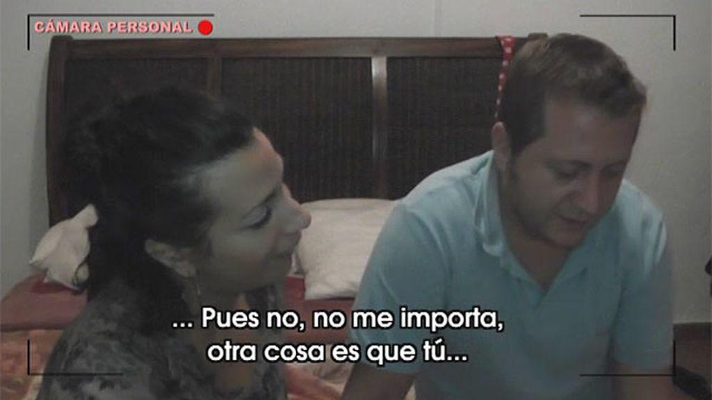 Liria y Jose, celosos