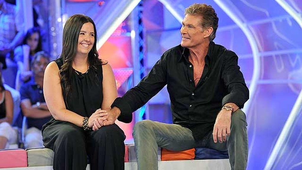 Silvia quiere sorprender a su hermana Paula con la ayuda de David Hasselhoff