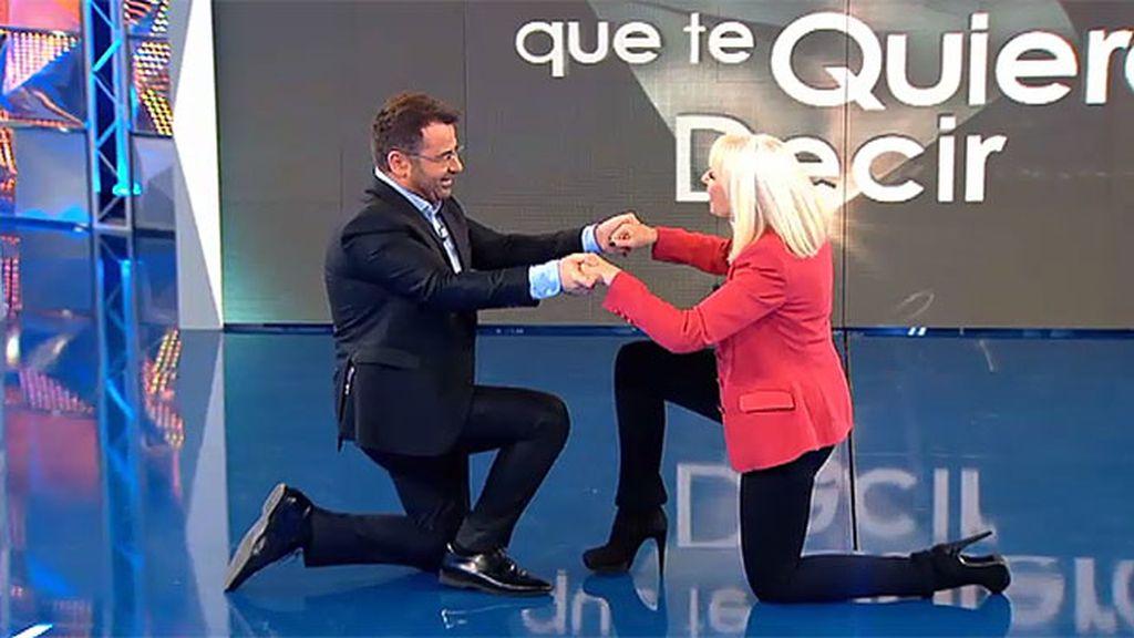 Jorge Javier Vázquez cae rendido a los pies de Rafaella Carra
