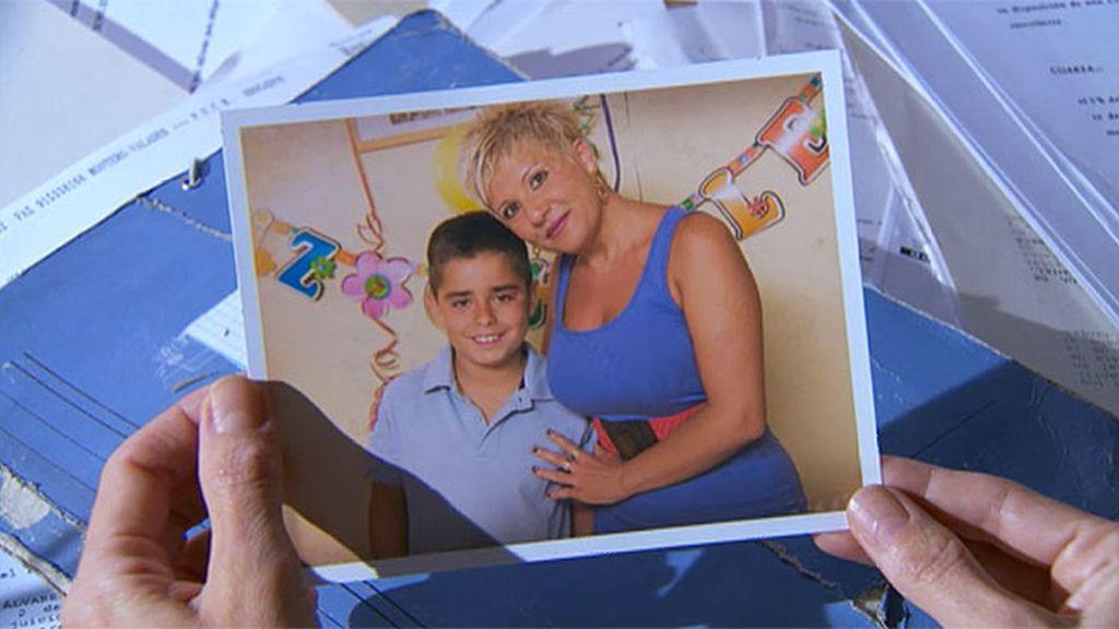 """""""Para Manolo, en el décimo cumpleaños de su Lolito. Te queremos, Carolina"""""""