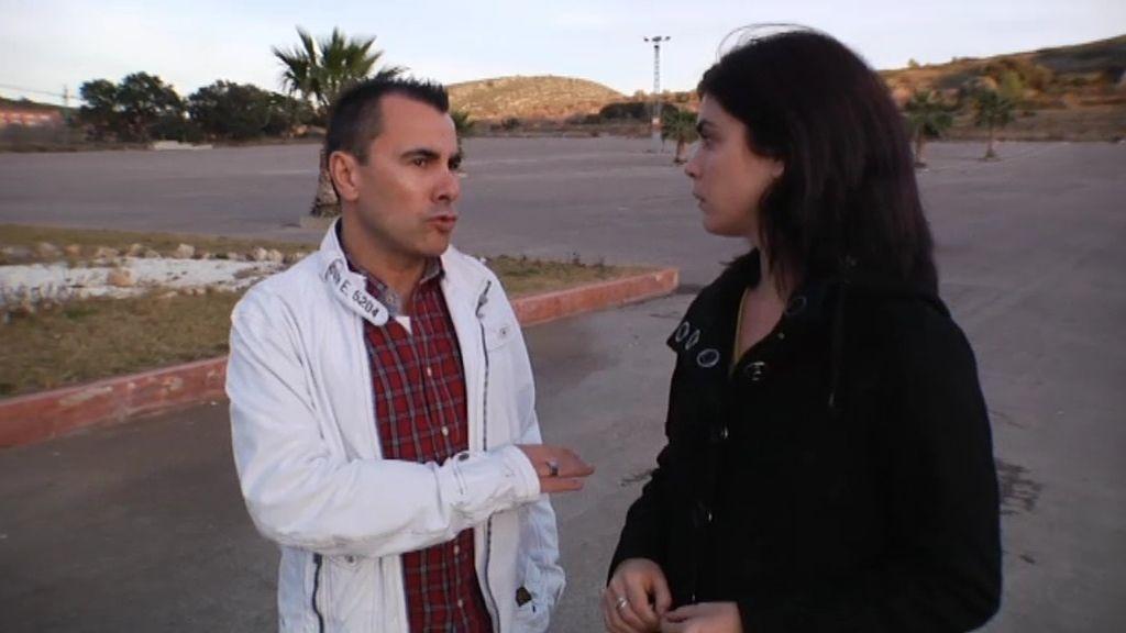 Samanta Villar conoce los preparativos de seguridad antes de una macrofiesta