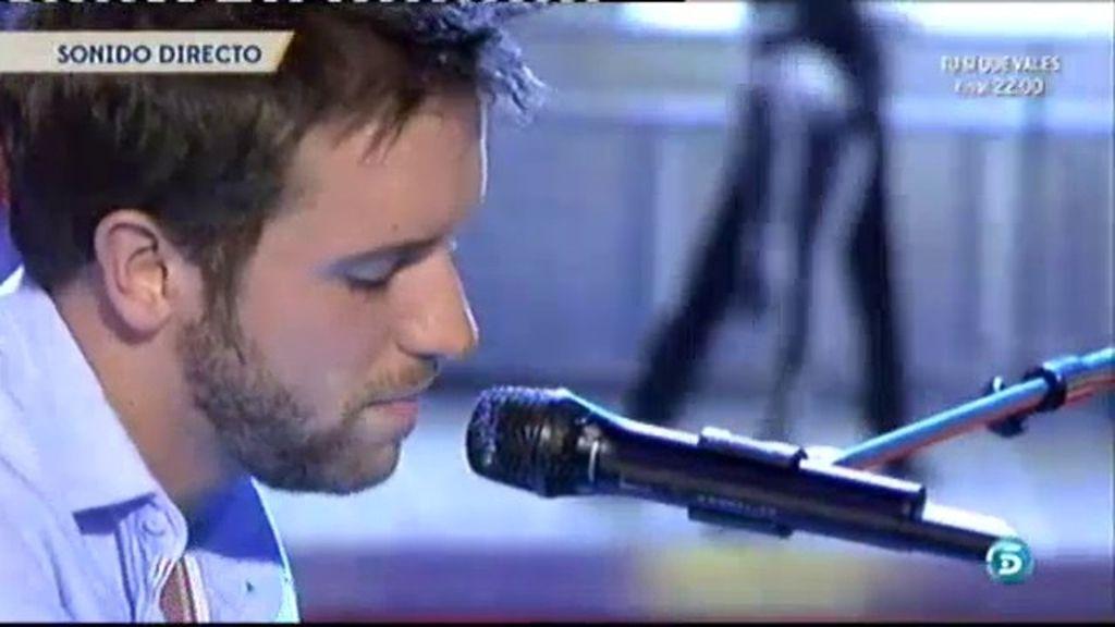 Pablo Alborán canta 'Tanto'