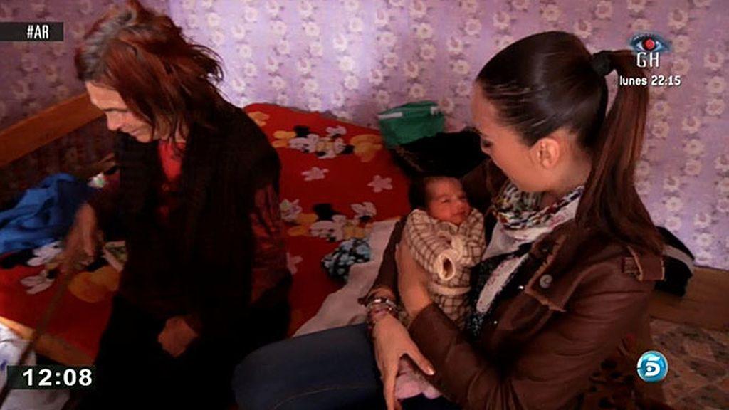 Muchas familias gitanas de Bulgaria viven entre ratas y miseria