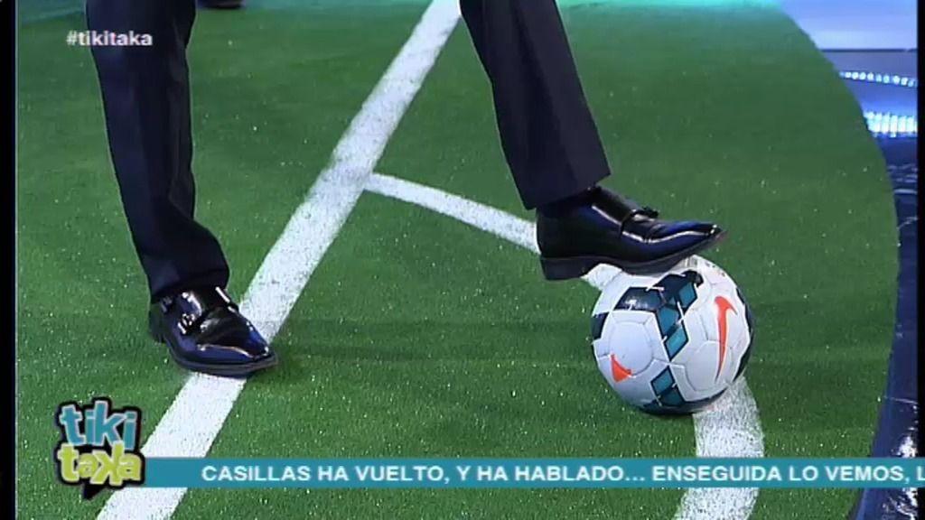 Lobo Carrasco imita la rabona de Di María