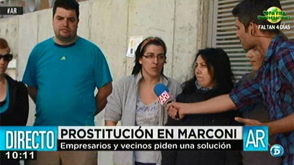 Los vecinos de Marconi, cansados de que las prostitutas hayan tomado el barrio
