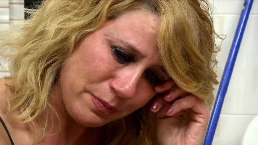 Mari se pone a llorar recordando a Vicente