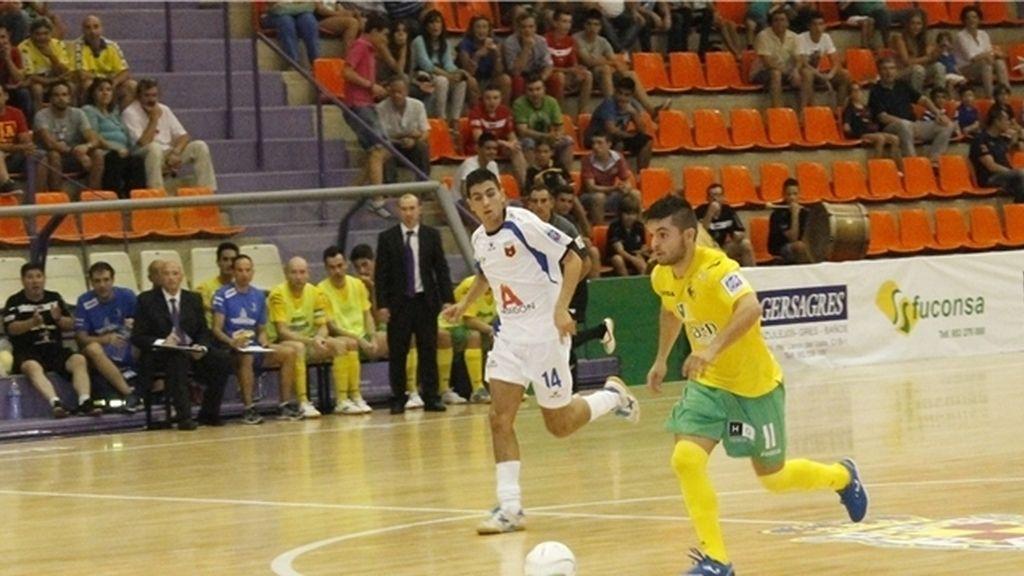 Jaén y Umacon se reparten los puntos en un partido de ida y vuelta (4-4)