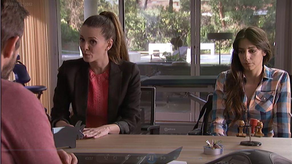 Lena confiesa a su hermana que la parálisis se la provoca ella