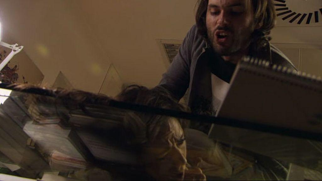 Adrián mata a Azucena