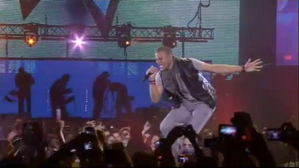 Mohombi en el escenario