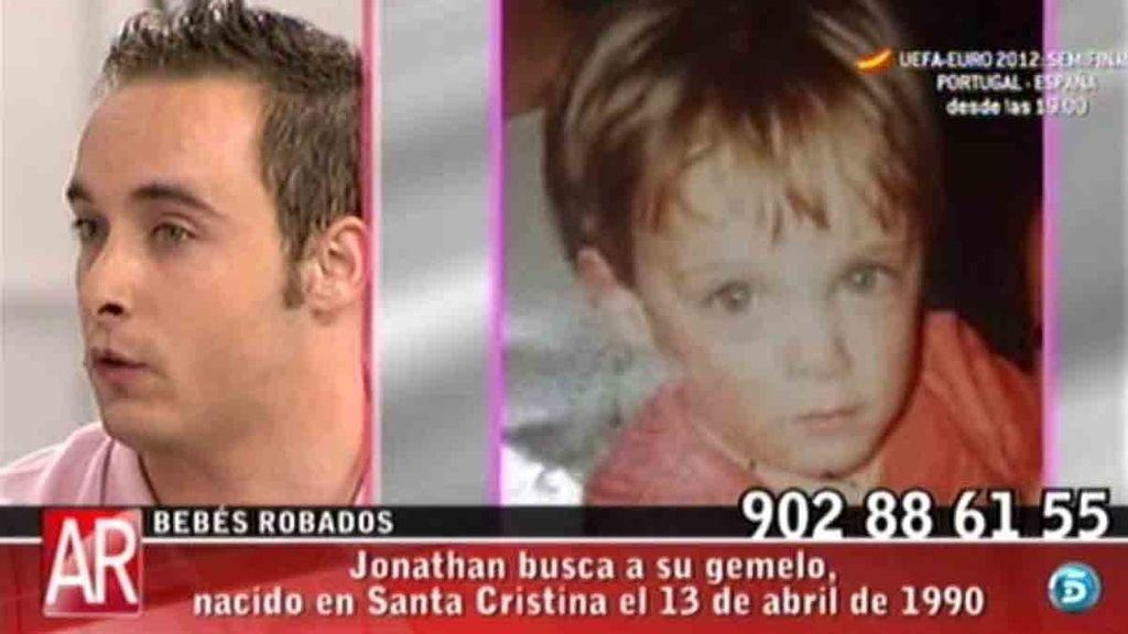 Jonathan busca a su gemelo, nacido en Santa Cristina el 13 de abril de 1990