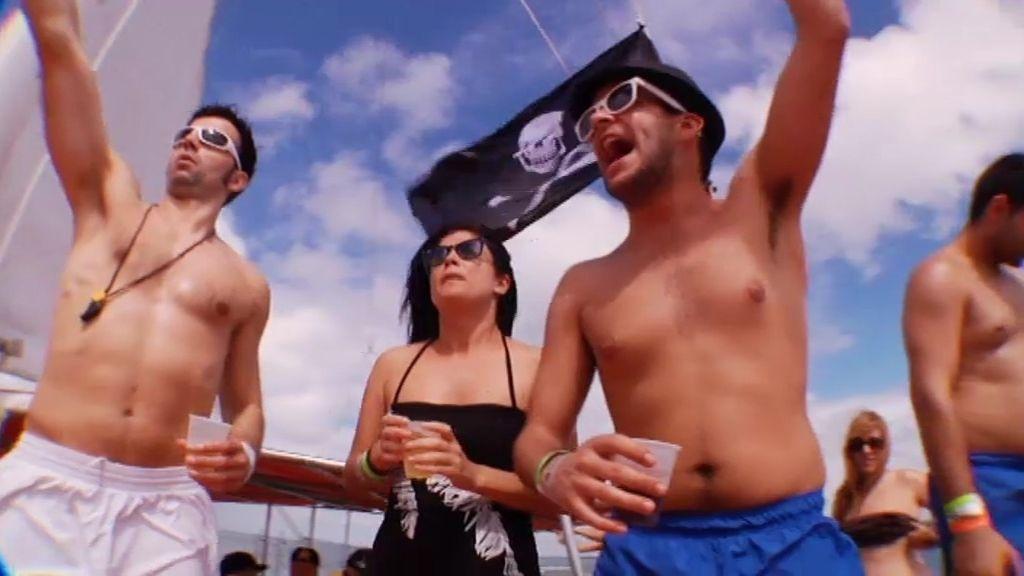 Fiesta en un catamarán