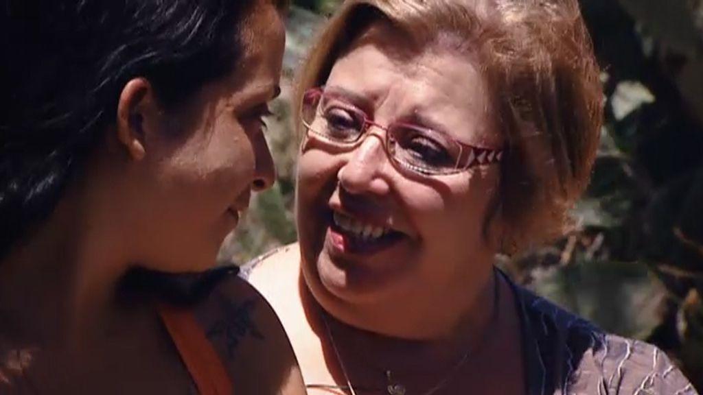 Desy sale del campamento más unida a su madre