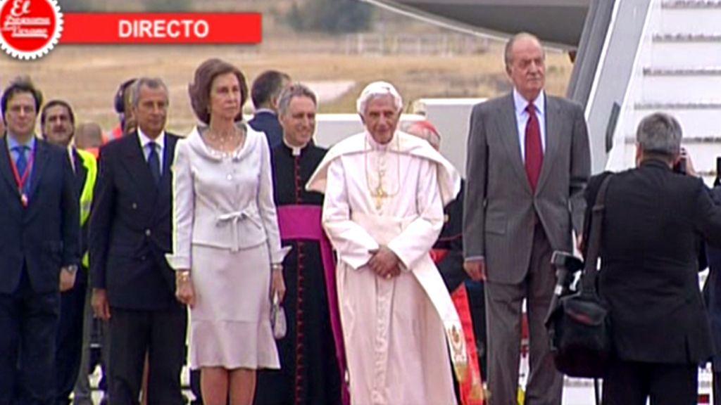 El Papa pisa suelo español