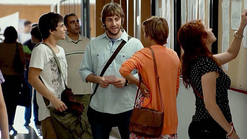 Diego aparece y Natalia olvida hasta el nombre de su marido
