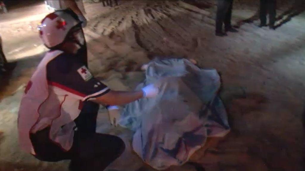 Paramédicos, los primeros en llegar a la escena de un crimen