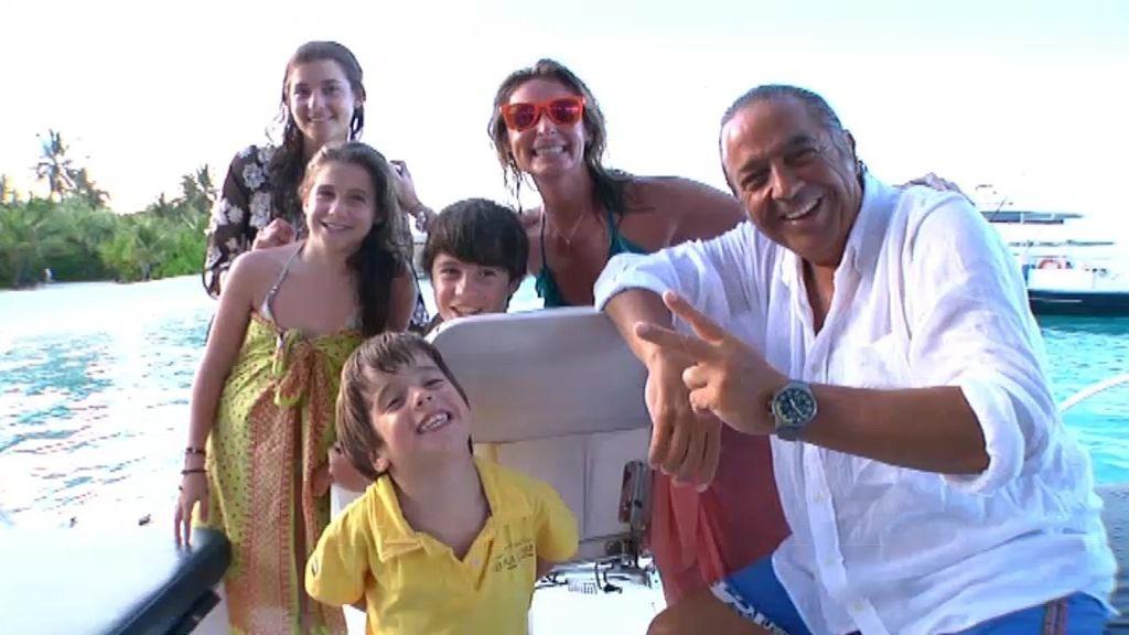 Una familia bajo el agua