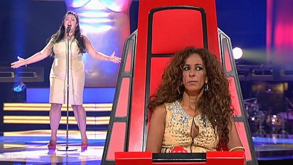 La actuación de Mila: 'Como una ola'