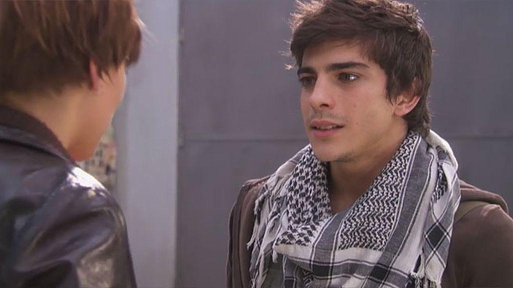 Natalia descubre que Diego ya tiene novia