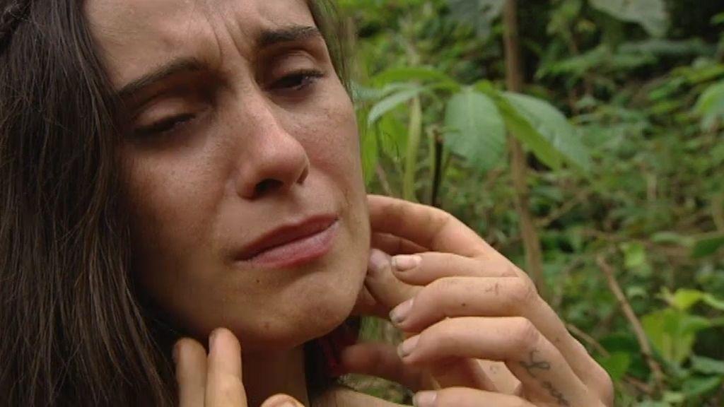 Cristina ya no le teme a nada, pero rompe a llorar cuando algo le pica en la cara