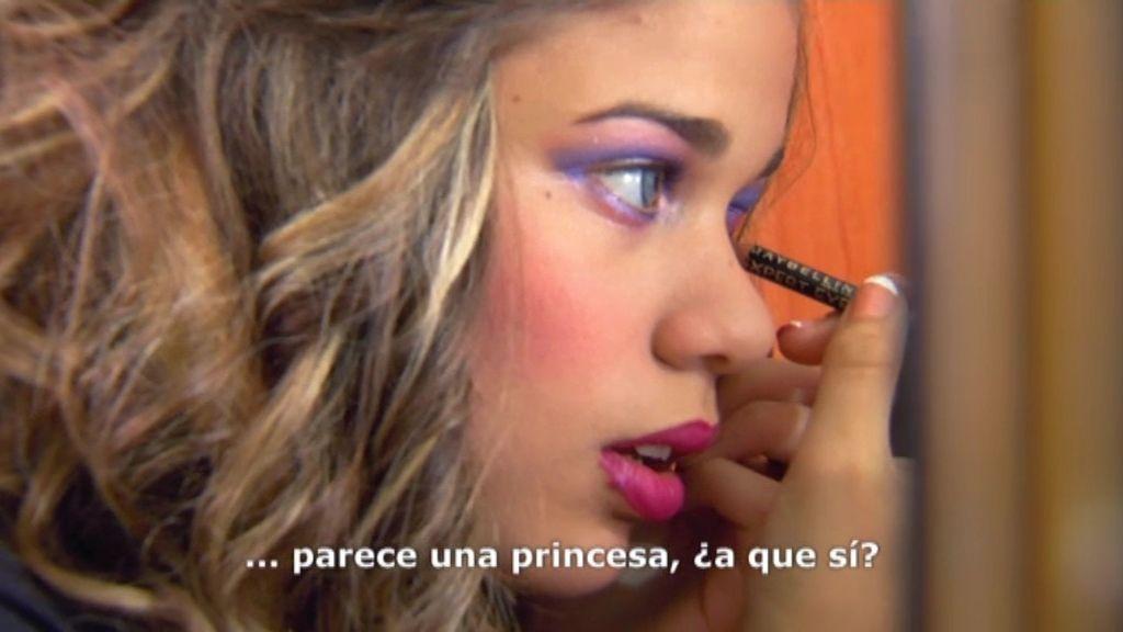Sonia, maquillada y con lentillas, se prepara para el 'pedimiento' de su novio
