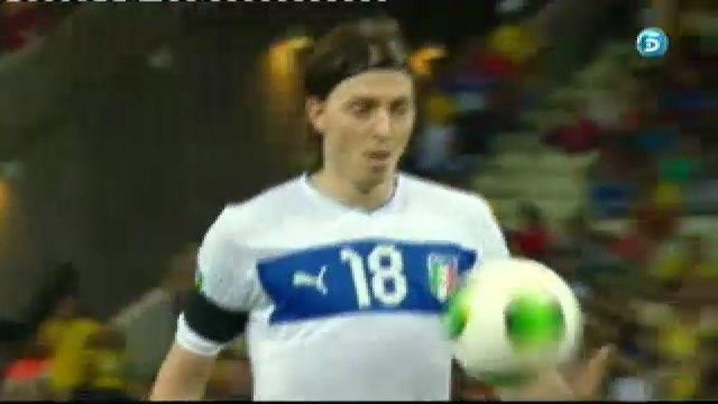 España 5-6 Italia (penalti de Montolivo)